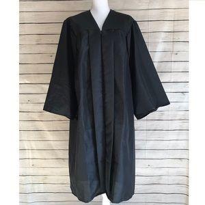 "Josten's Black Graduation Robe 5'04""-5'06"""